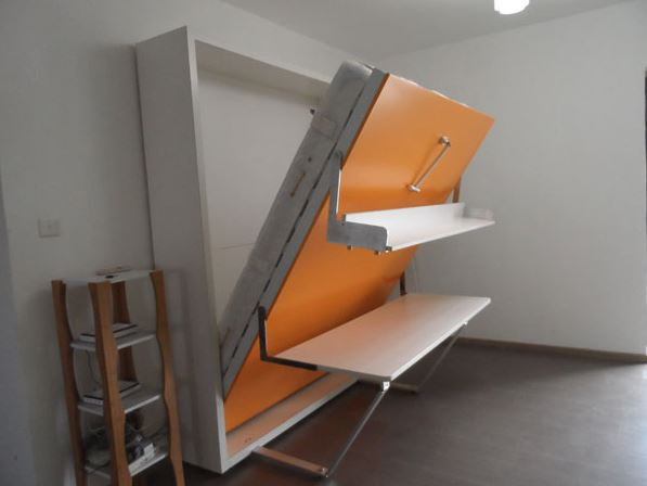 4_Vertical_Double_with_desk_open